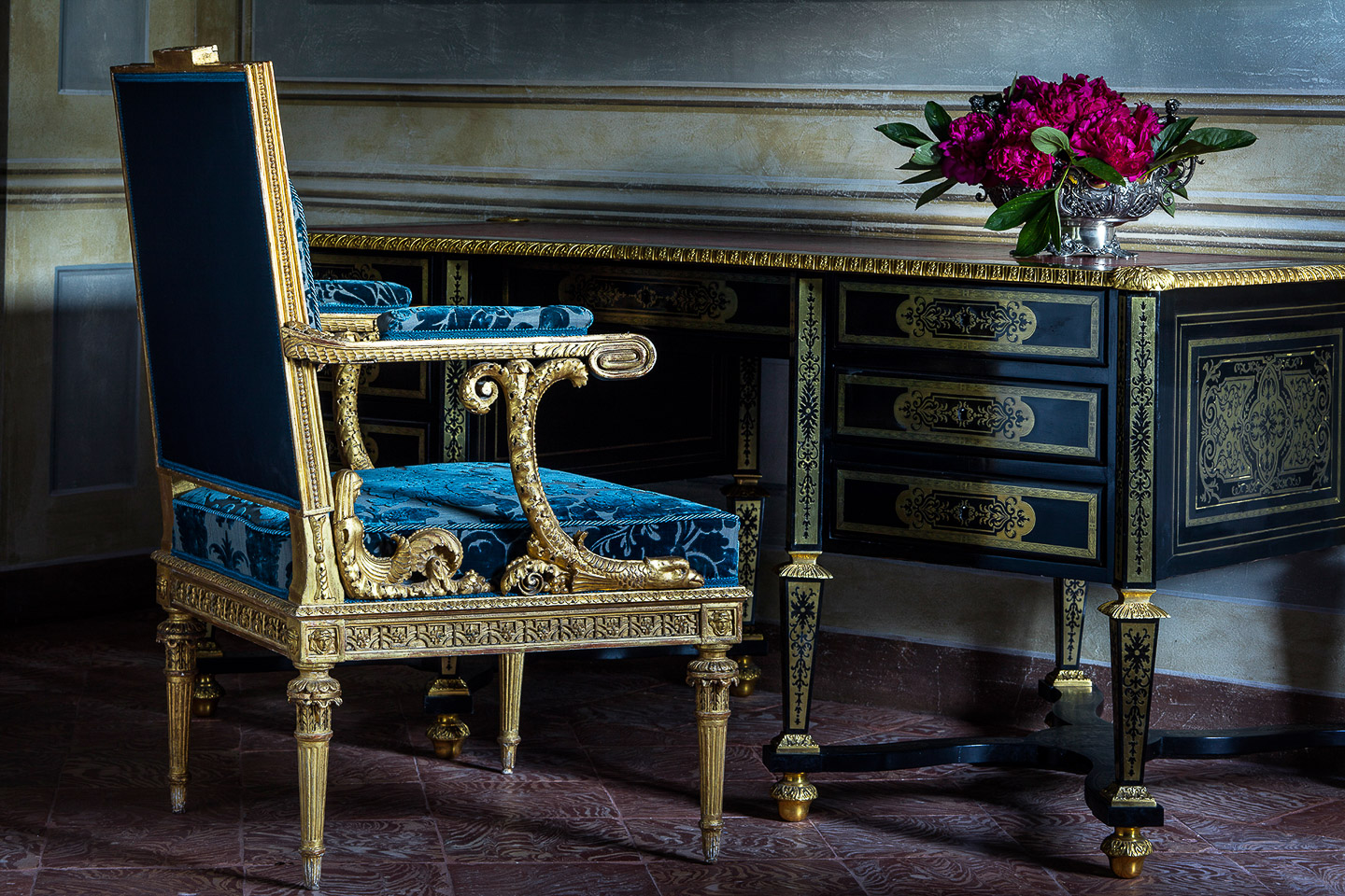 Villa Balbiano elegant lake Como property offering accommodation sumptuous interior design luxury master suite Louis XIV period desk blue chair from Habsburg royal family collection 20000VB int