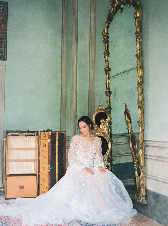 Villa Balbiano luxury property Lake Como Milan Italy best master suite dressing bride dress antique exclusive mirror photo shoot_