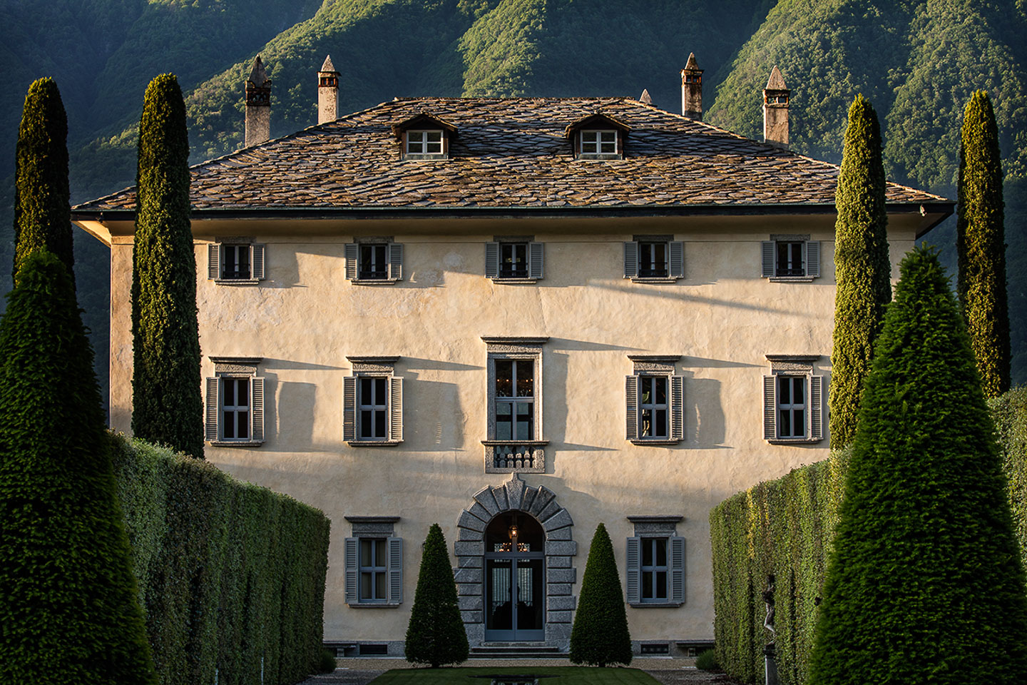Villa Balbiano luxury property Lake Como Milan best wedding event venue available private exclusive rent rental 4 floor mansion best interiors suite bedroom netween mountain and water