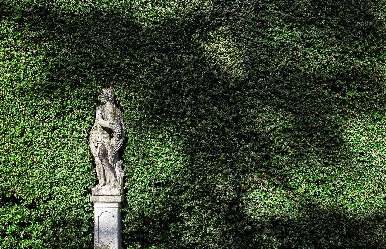 Villa Balbiano luxury property Lake Como Milan vast best beautiful park gardens swimming pool boat access service matble statue
