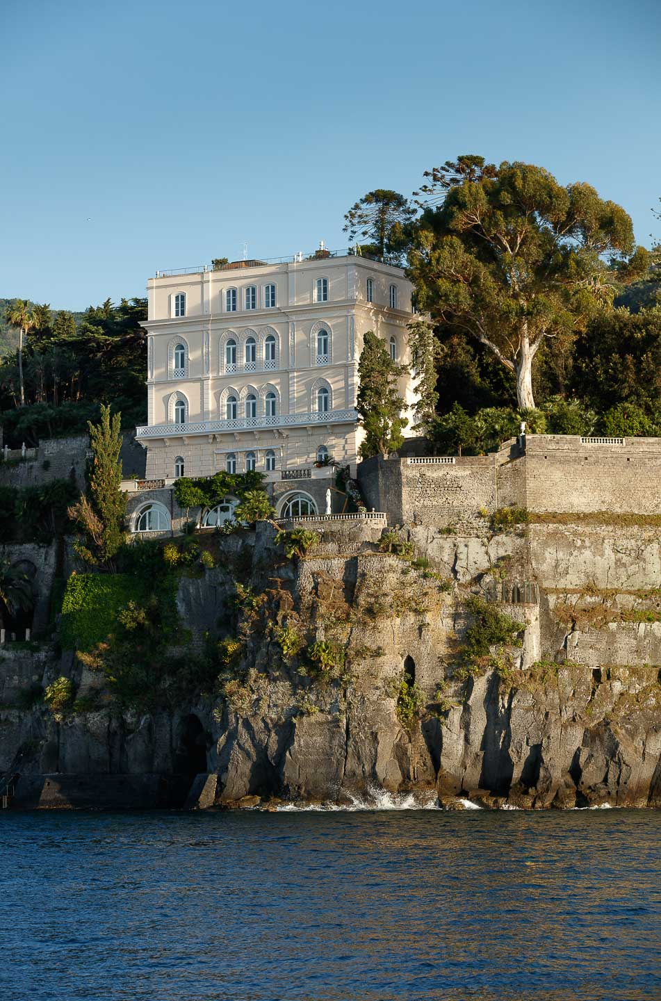 Villa Astor best luxurious private residence Amalfi coast italy important historic propery available for rental exclusive events weddings luxury accommodation and travel