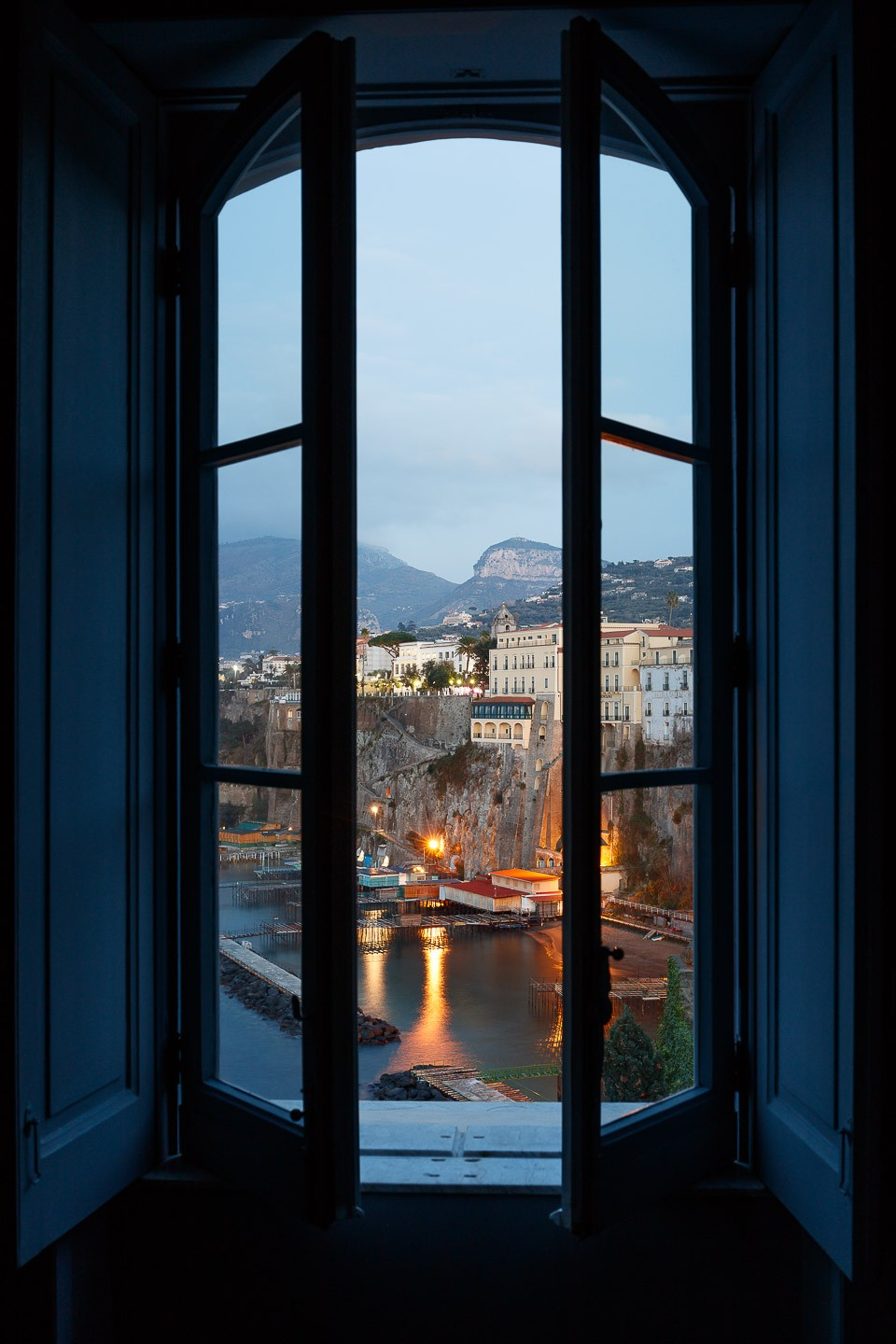 Villa Astor luxury property available for exclusive rent rental destination weddings event Italy Blue Suite best interiors services accommodationview Bay of Naples bathroom window