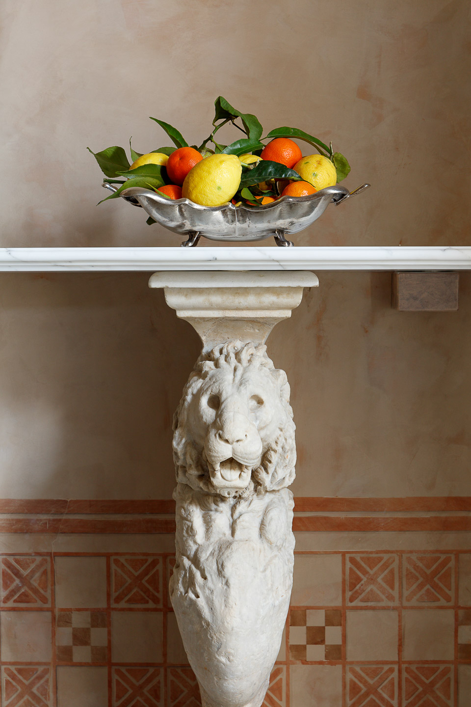 Villa Astor silver plate Italian fruits Marble antique Heritage collection exclusive guest stay accommodation relaxive holiday vacation