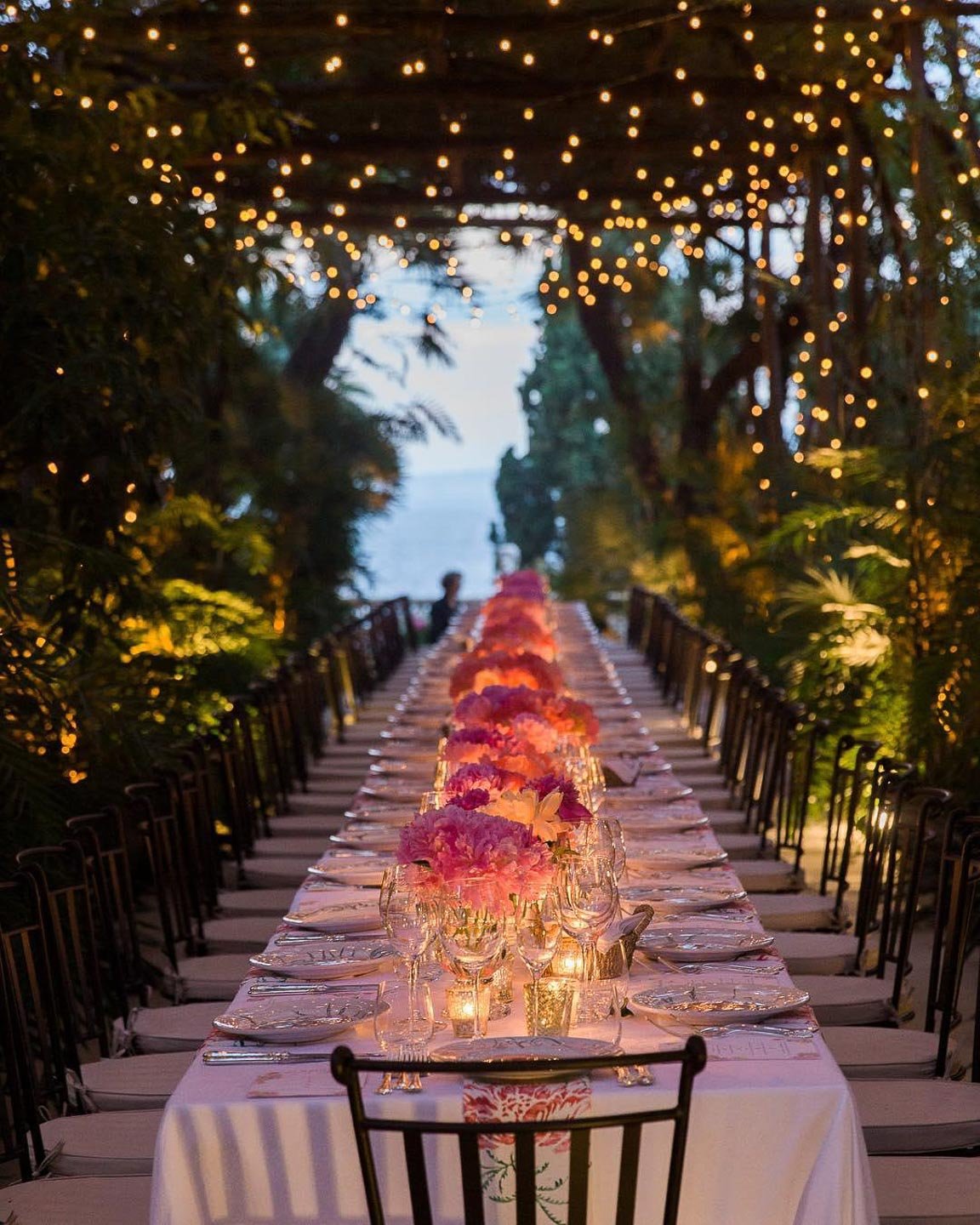 Villa asto luxury event dinner alfresco best Italian food wine beautiful table decor decoration lightning for destination intimate party wedding 1