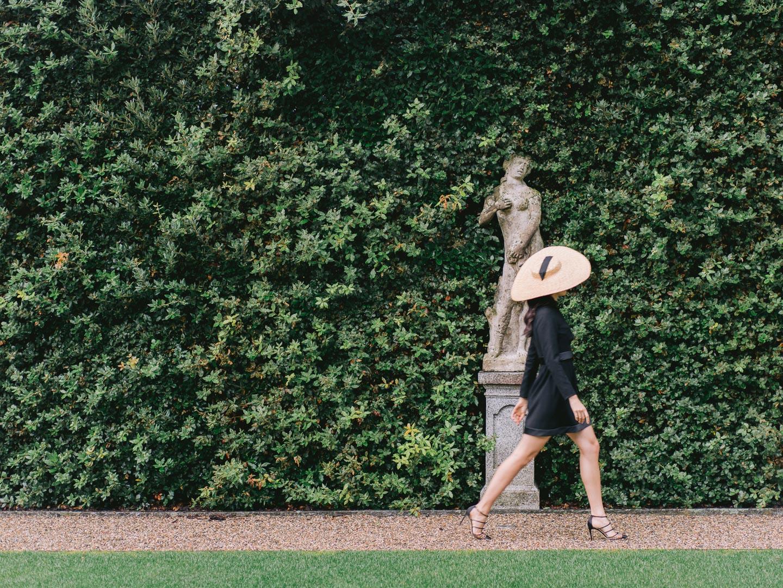 villa balbiano fashion inspiration editorial bella belle shoes campaign styled shoot location lake como