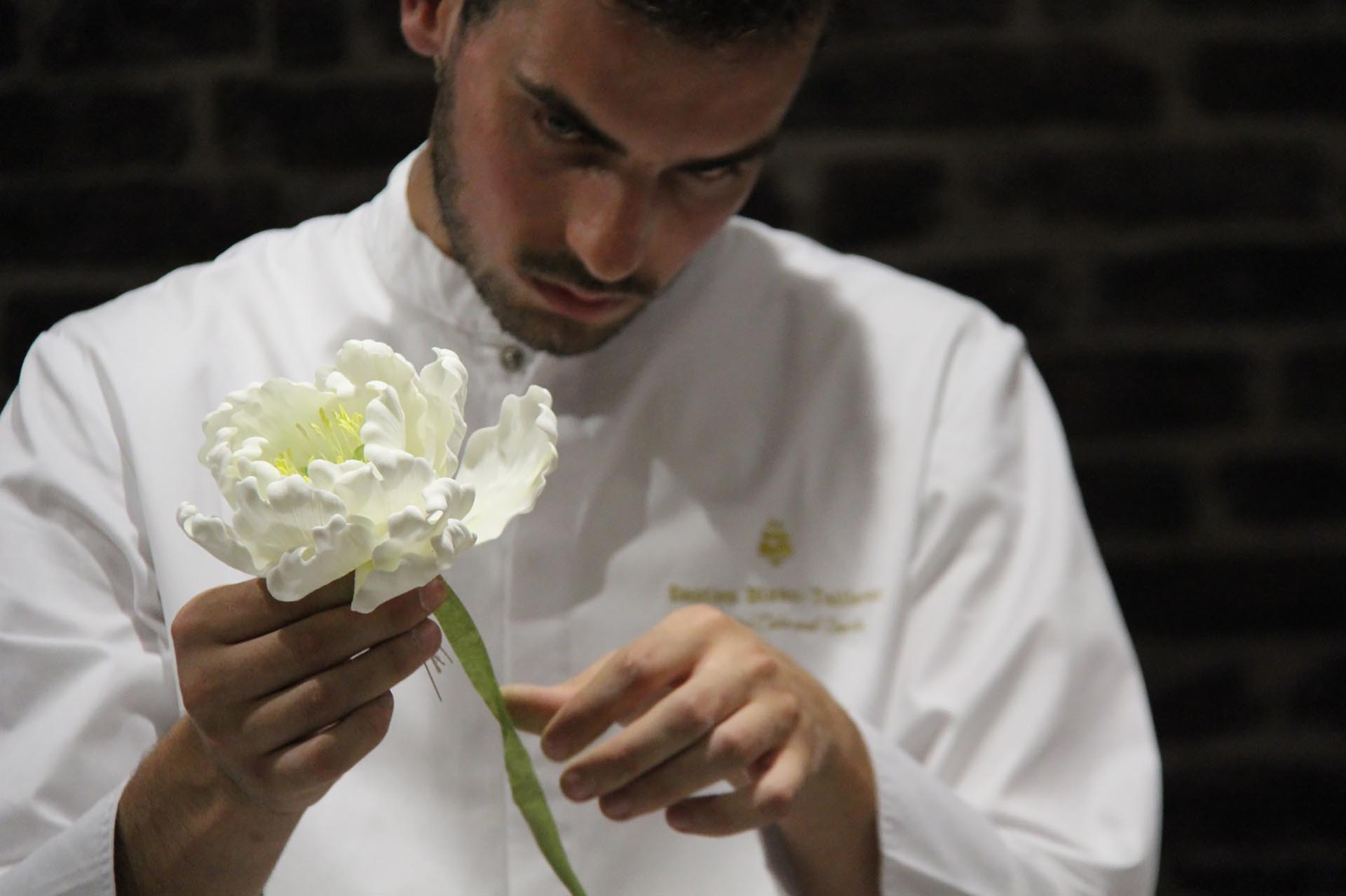 Bastien Blanc Tailler wedding cake creation The Heritage Collection
