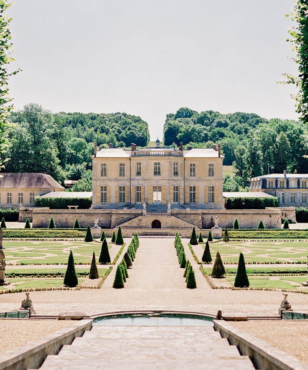 Fashion Color Story at Chateau de Villette Cover
